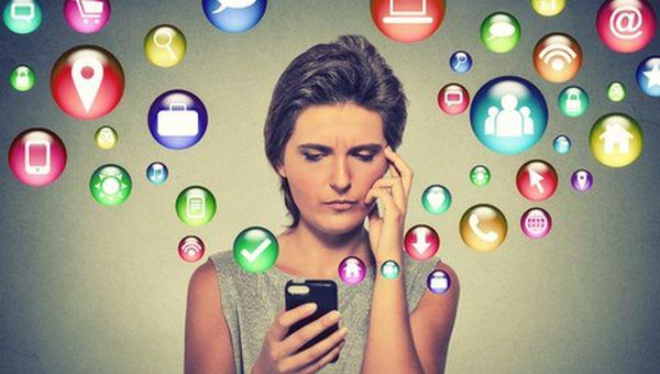 Готельер і соціальні мережі